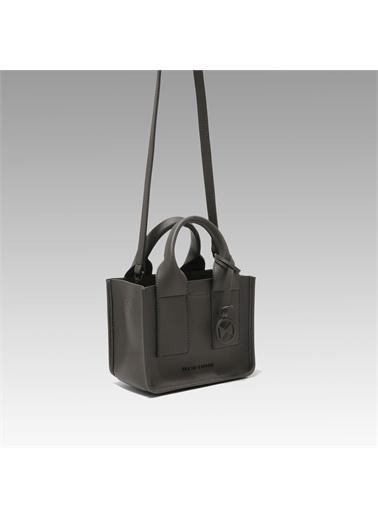 Black Ribbon Mat Aksesuarlı Mini Çanta Gri